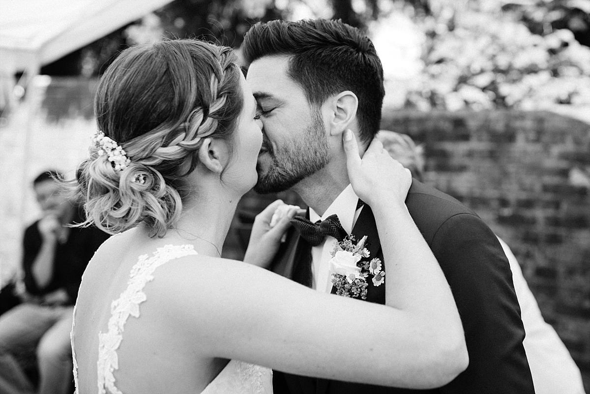 20170513-Blog_Hochzeitsfotograf_Mönchengladbach_Weinhof_Voosen_NinaMarc-0062