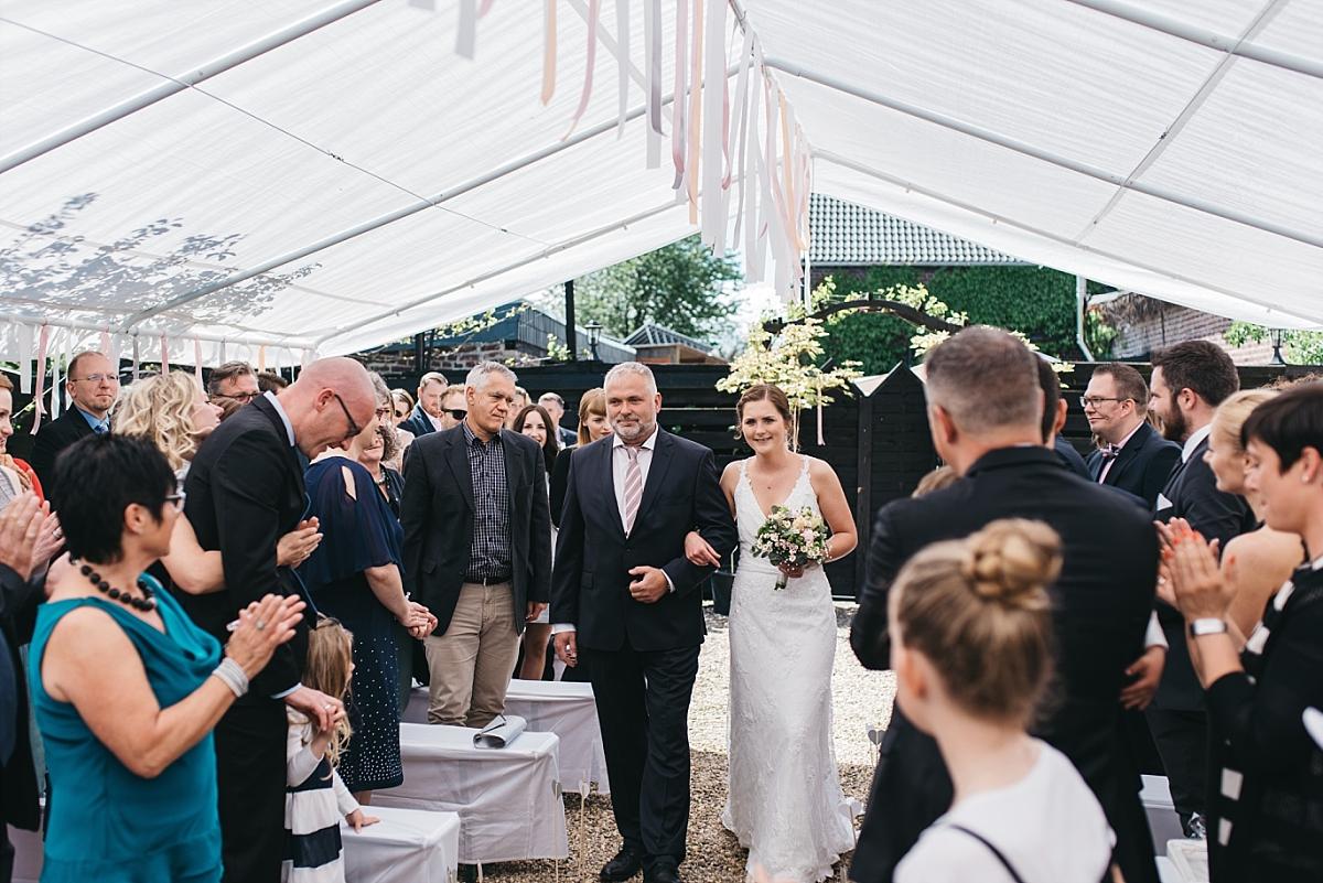 20170513-Blog_Hochzeitsfotograf_Mönchengladbach_Weinhof_Voosen_NinaMarc-0044